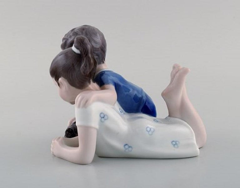 Danish Lyngby Porcelæn, Denmark, Figure in Porcelain, Siblings with Turtle, 1940s For Sale