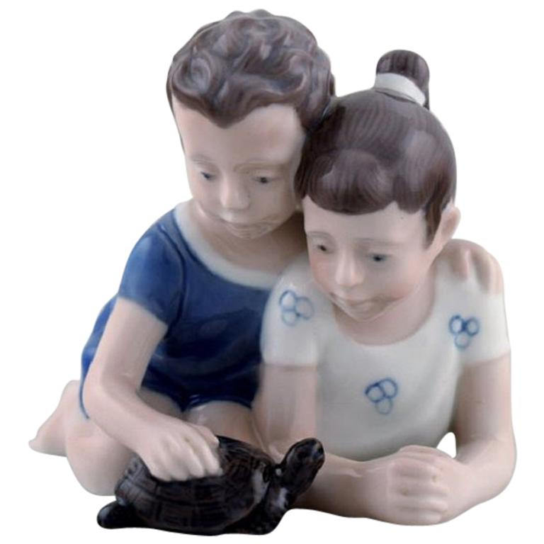 Lyngby Porcelæn, Denmark, Figure in Porcelain, Siblings with Turtle, 1940s For Sale