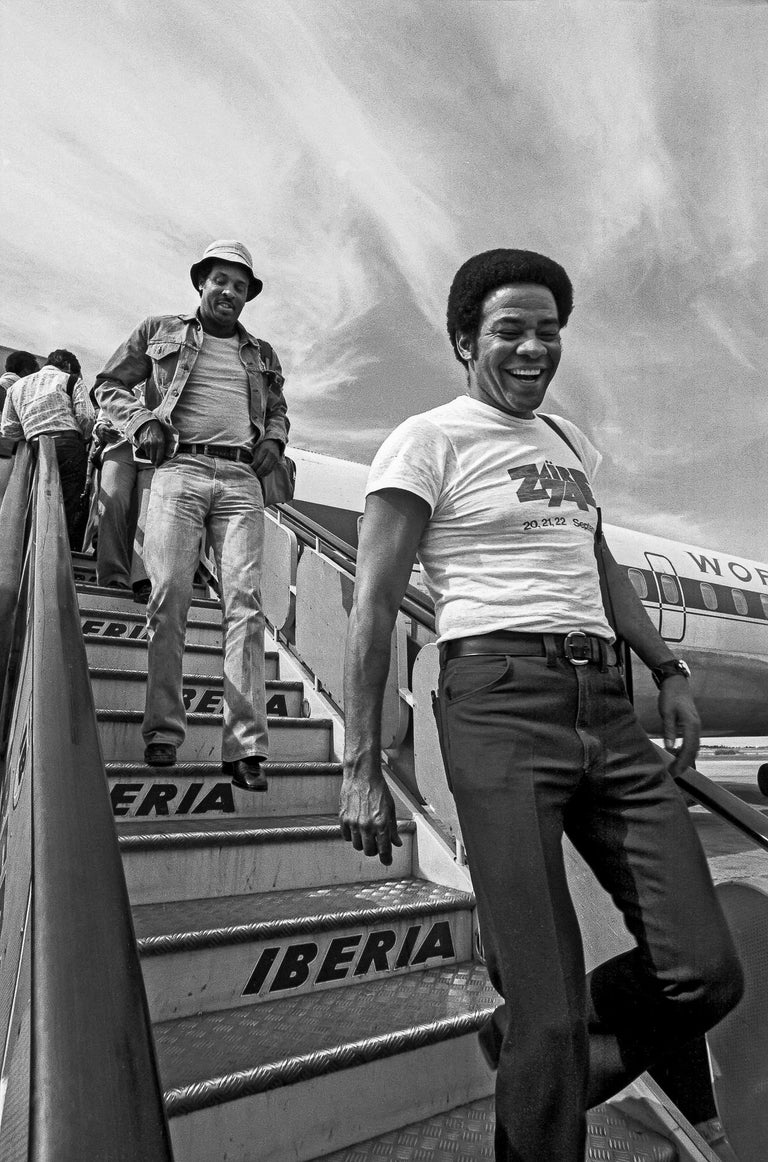 Lynn Goldsmith Black and White Photograph - Bill Withers & Lenny Booker, 1974 Zaire