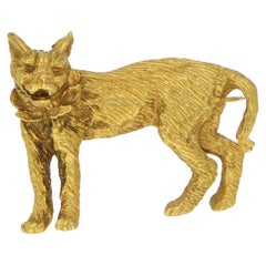 Lynx Cat Brooch Set in Solid 9 Karat Yellow Gold