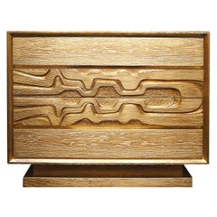 Lyra Dresser