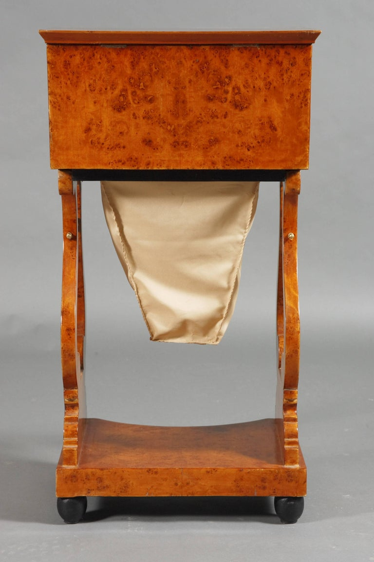 Birdseye Maple Lyra Sewing Table in Biedermeier Style For Sale