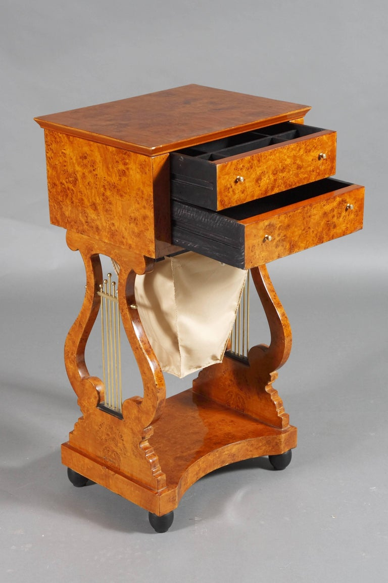 Lyra Sewing Table in Biedermeier Style For Sale 1