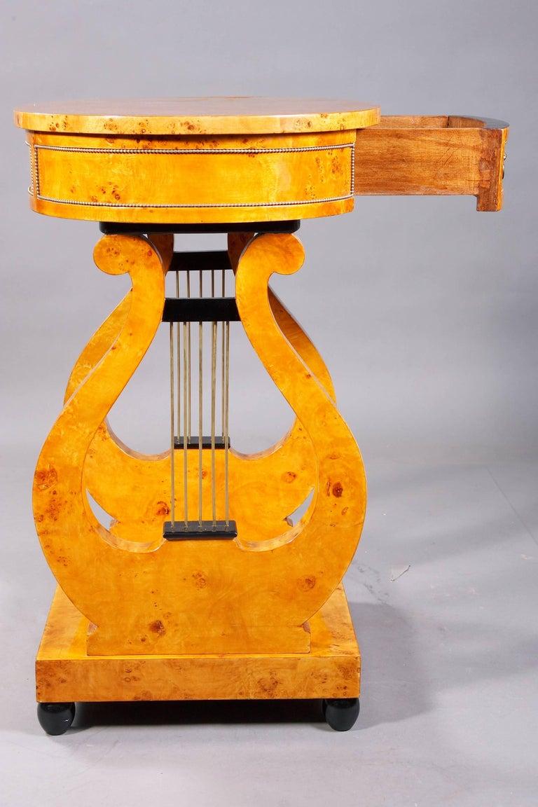 Lyra Sewing Table in Biedermeier Style For Sale 1