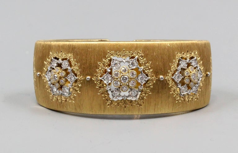 M. Buccellati Diamond Gold Wide Cuff Bracelet In Good Condition For Sale In New York, NY