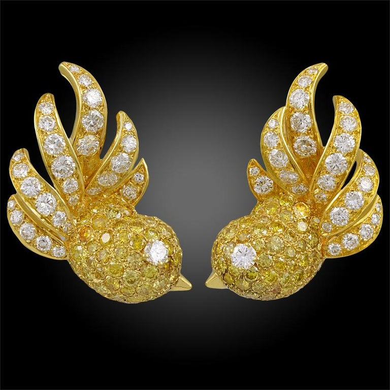 Round Cut M. Gerard Fancy Yellow, White Diamond Bird Necklace Suite For Sale