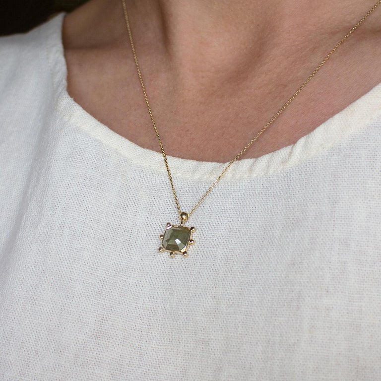 M. Hisae Green Diamond Sunburst Pendant Necklace In New Condition For Sale In Woodbury, CT