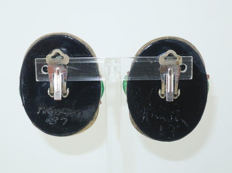 M & J Hansen Green Scarab Clip On Earrings In Good Condition For Sale In Atlanta, GA