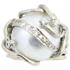 Mabe Blister Pearl and Diamond White Gold Dome Ring