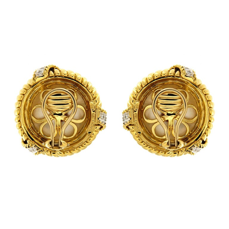 Mabe pearl Diamond Gold Twisted Rope Earrings  In New Condition For Sale In New York, NY