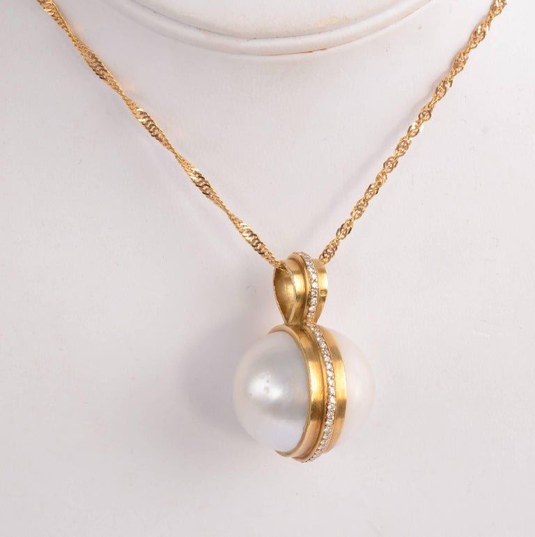Mabe Pearl Necklace: Mabe Pearl Gold Diamond Pendant Necklace For Sale At 1stdibs