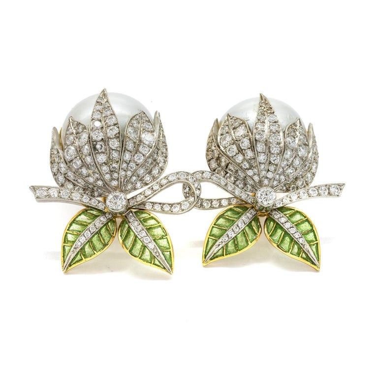 Mabe Pearl Plique-à-Jour Enamel Bud Flower Earrings In New Condition For Sale In London, GB