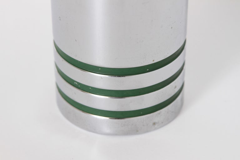 Machine Age Art Deco Chase Gaiety Cocktail Shaker in Rare Green Catalin In Good Condition For Sale In Dallas, TX