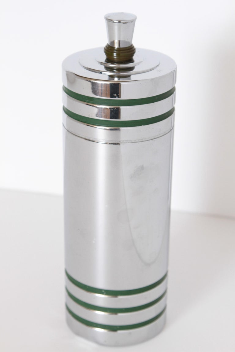Mid-20th Century Machine Age Art Deco Chase Gaiety Cocktail Shaker in Rare Green Catalin For Sale