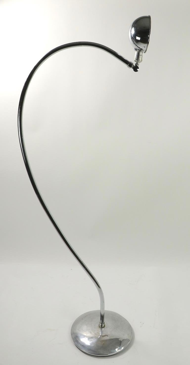 Machine Age Art Deco Chrome Floor Lamp of Exaggerated Curved Form For Sale 8