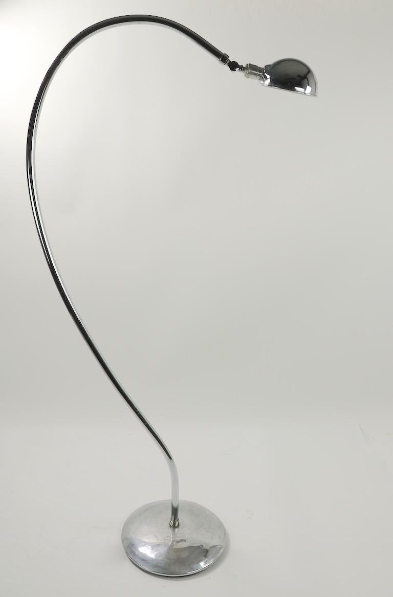 American Machine Age Art Deco Chrome Floor Lamp of Exaggerated Curved Form For Sale