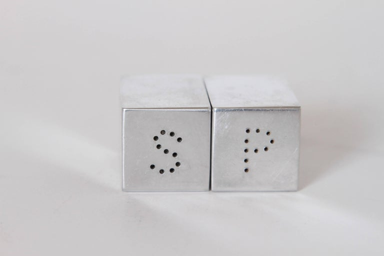 Machine Age Art Deco Iconic Charles Sheeler Salt and Pepper Shaker Design, Pair For Sale 3
