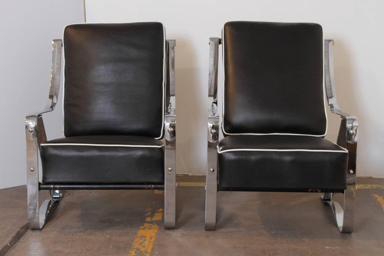 American Machine Age Art Deco McKay Craft Streamline Pair of Cantilevered Lounge Chairs For Sale