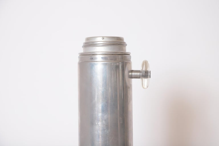 Machine Age Art Deco Mid Century Konga Cocktail Shaker by Kromex  Lucite Handles For Sale 6