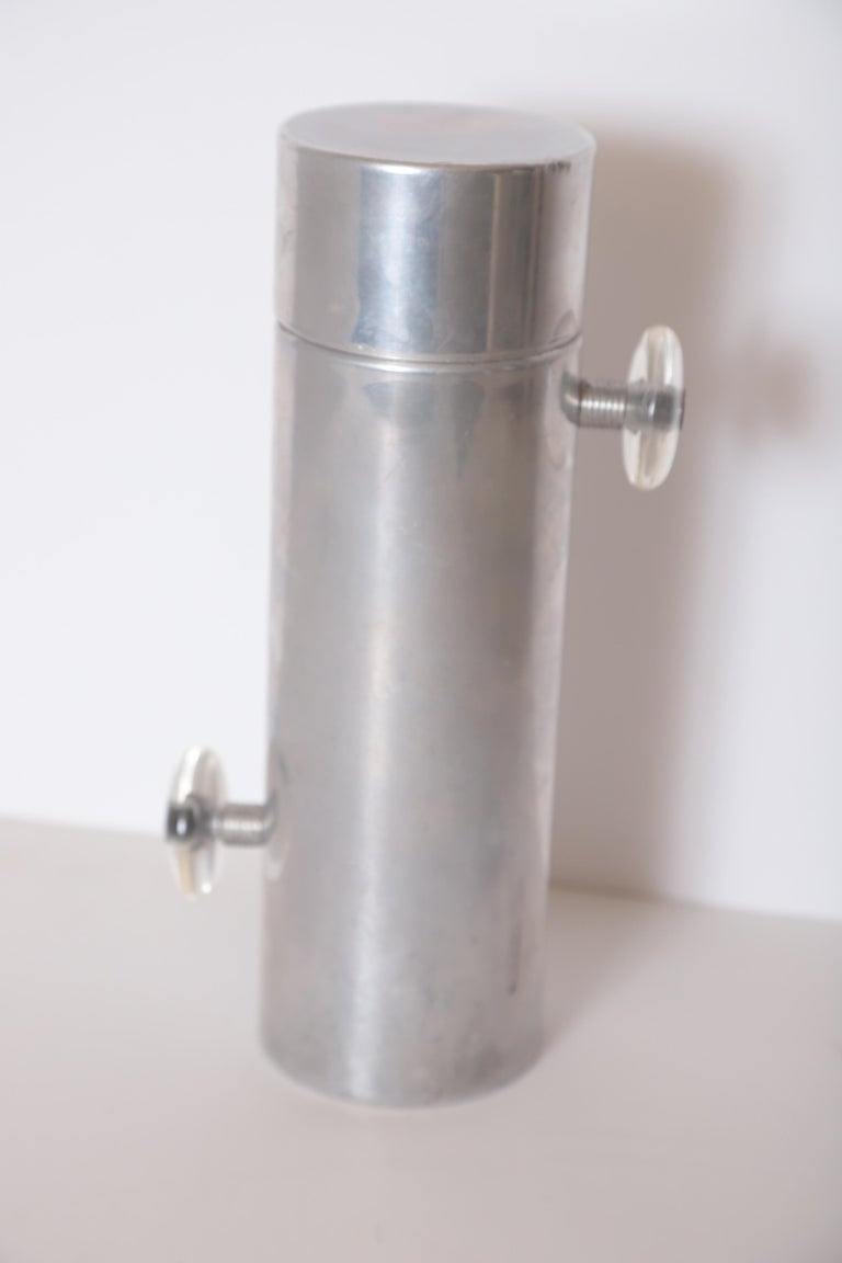 Machine Age Art Deco Mid Century Konga Cocktail Shaker by Kromex  Lucite Handles For Sale 8