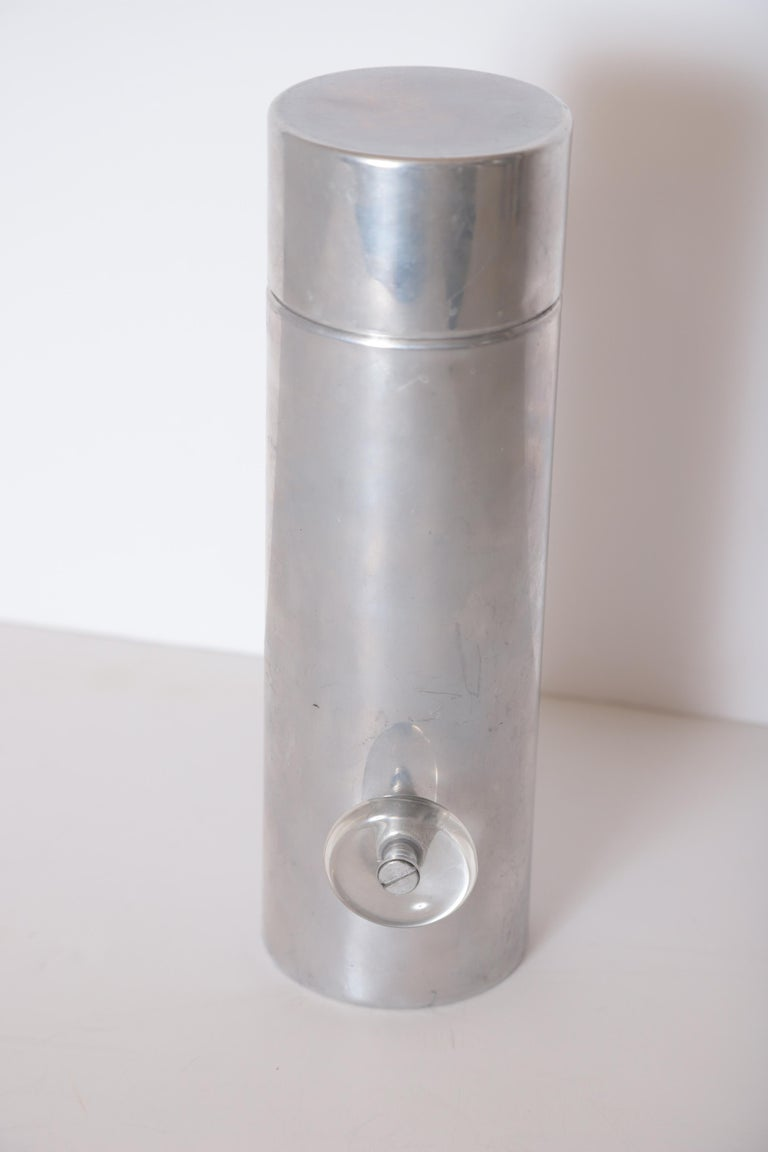 Machine Age Art Deco Mid Century Konga Cocktail Shaker by Kromex  Lucite Handles For Sale 10