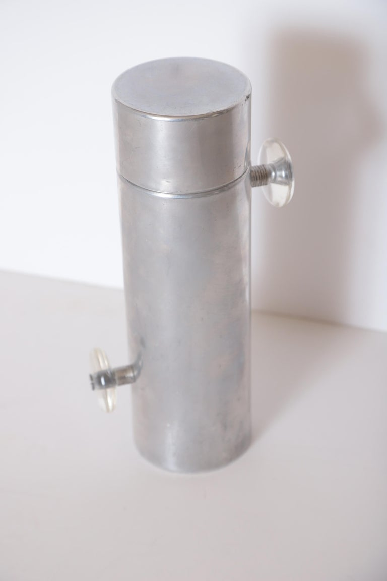 Machine Age Art Deco Mid Century Konga Cocktail Shaker by Kromex  Lucite Handles For Sale 11