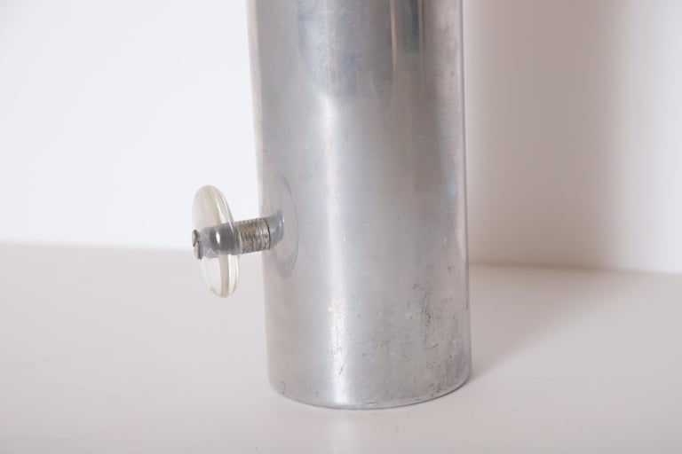 Machine Age Art Deco Mid Century Konga Cocktail Shaker by Kromex  Lucite Handles For Sale 12