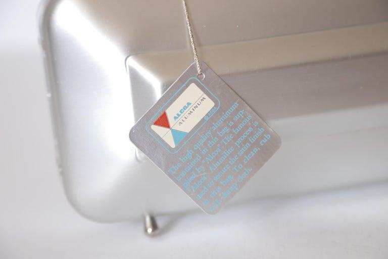 Machine Age Art Deco New Yorker Aluminum Purse Alcoa Alumilite Pre Kate Spade In Good Condition For Sale In Dallas, TX