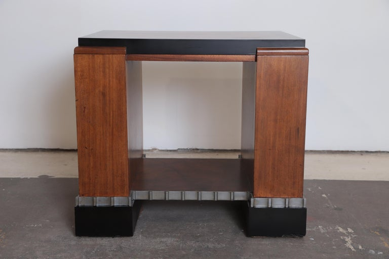 Machine Age Art Deco Paul Frankl Skyscraper library occasional table Rare and important Modernist table, Metropolitan Life North Building, New York, USA, circa 1927-1929  Bookcase, console, entertainment or end table functionality. Smaller