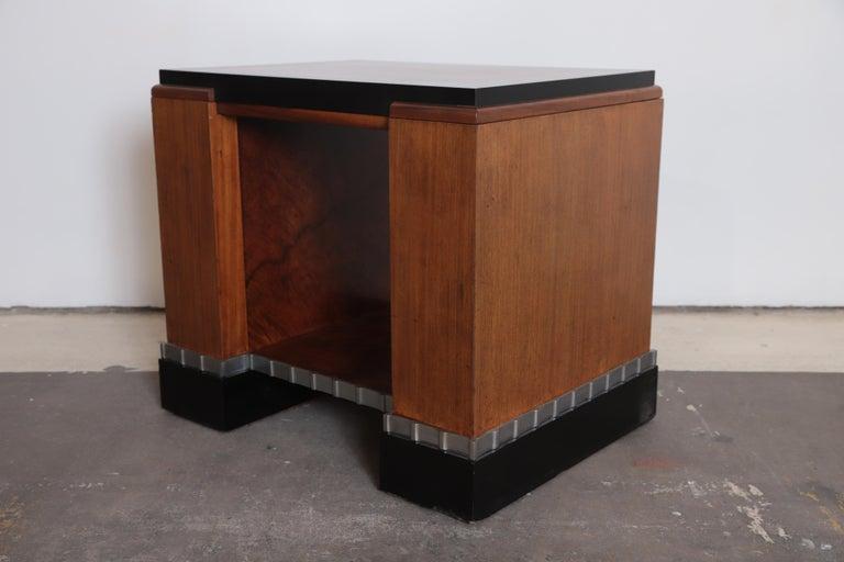 Machine Age Art Deco Paul Frankl Skyscraper Library Occasional Table In Good Condition For Sale In Dallas, TX