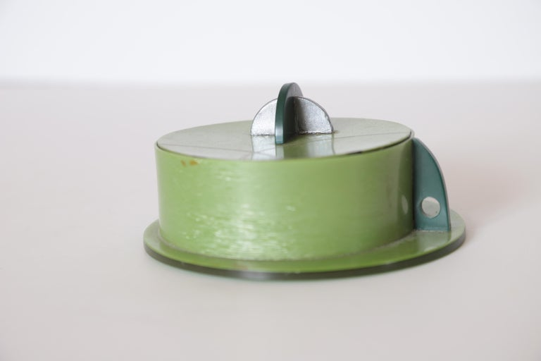 Mid-20th Century Machine Age Art Deco Paul Frankl Streamline Celluloid Rond Covered Vanity Box For Sale