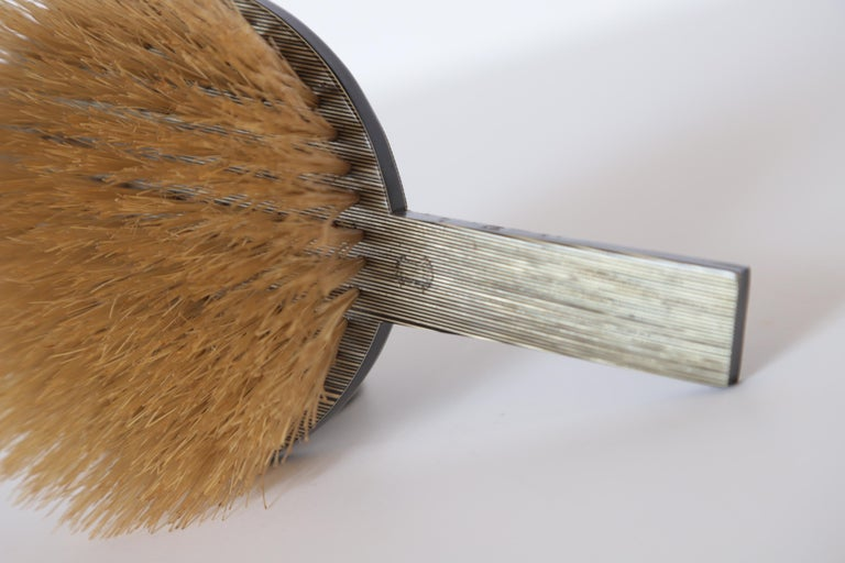 Machine Age Art Deco Paul Frankl Streamline Celluloid Rond Vanity Brush For Sale 6