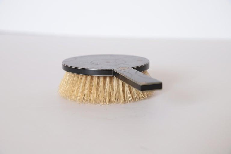 Bakelite Machine Age Art Deco Paul Frankl Streamline Celluloid Rond Vanity Brush For Sale
