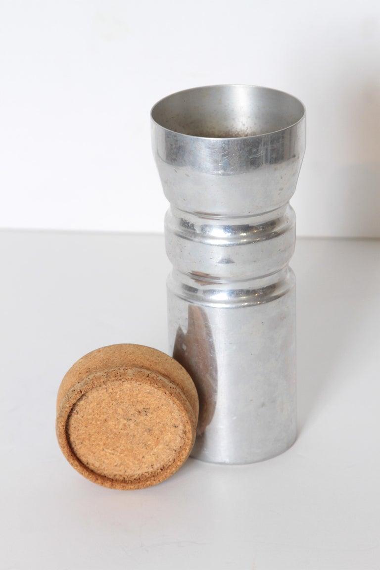 Machine Age Art Deco Rare Schlumbohm Fahrenheitor Cocktail Shaker for Chemex For Sale 1