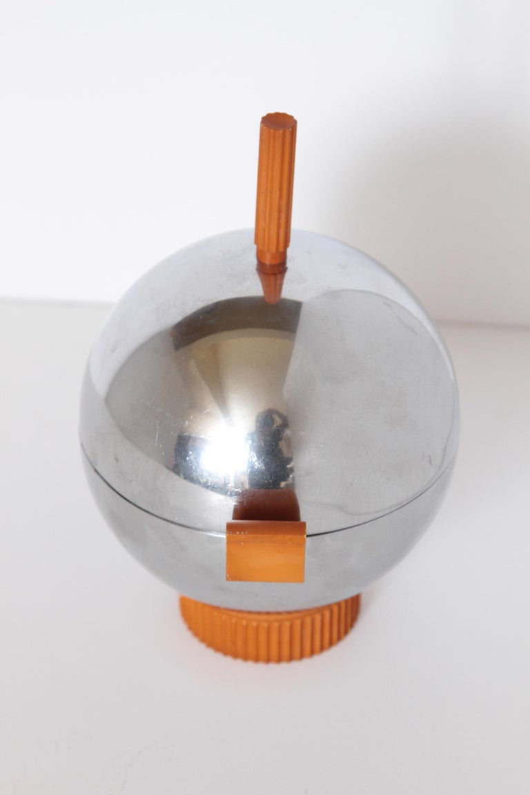 Machine Age Art Deco Revere Ice Bucket / Server Catalin and Chrome For Sale 1