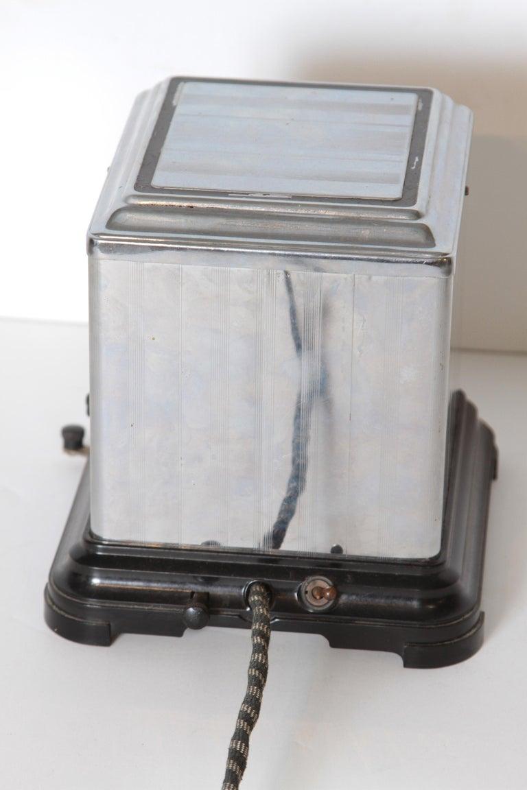 Machine Age Art Deco Skyscraper Belle Kogan Toaster, Chrome and Bakelite, Rare For Sale 5