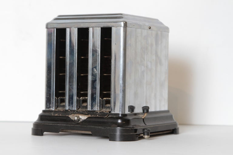 Machine Age Art Deco Skyscraper Belle Kogan Toaster, chrome and bakelite. Very rare early Kogan design.  Another of the early Classic American Industrial re-designs by Kogan. extremely rare example. Belle Kogan (1902–2000) was a Russian born