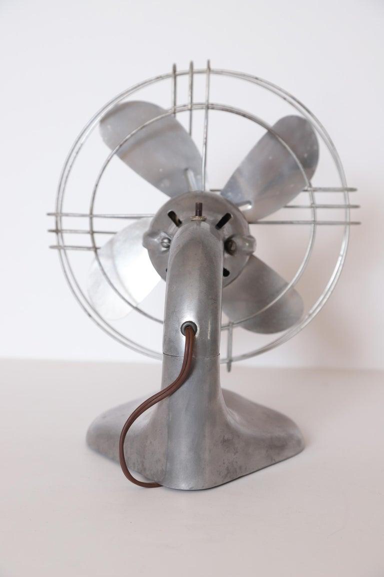 Machine Age Art Deco Streamline Aluminum Zephyr Airkooler Goose-Neck Fan For Sale 5