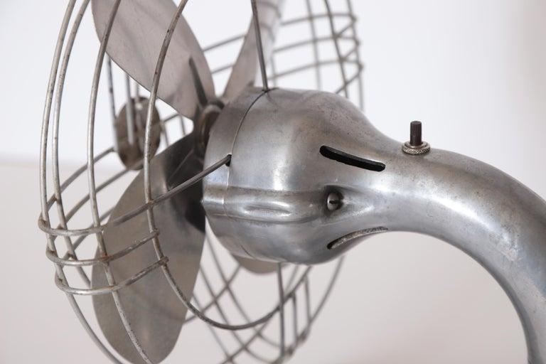 Machine Age Art Deco Streamline Aluminum Zephyr Airkooler Goose-Neck Fan For Sale 6