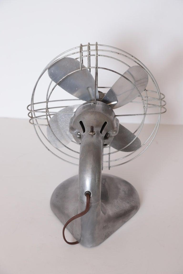 Machine Age Art Deco Streamline Aluminum Zephyr Airkooler Goose-Neck Fan For Sale 4