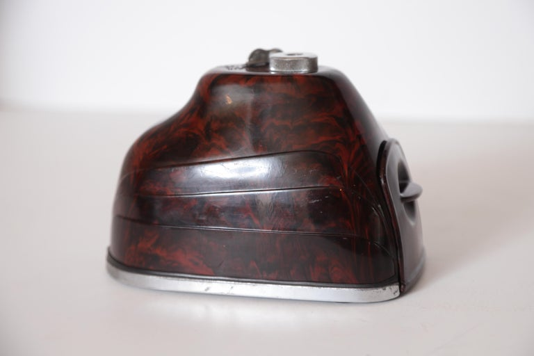 Machine Age Art Deco Streamline Morris Bakelite Electric Pencil Sharpener In Good Condition For Sale In Dallas, TX