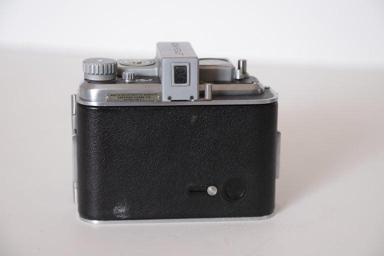 Machine Age Art Deco Walter Dorwin Teague Kodak Medalist Camera with Case For Sale 4