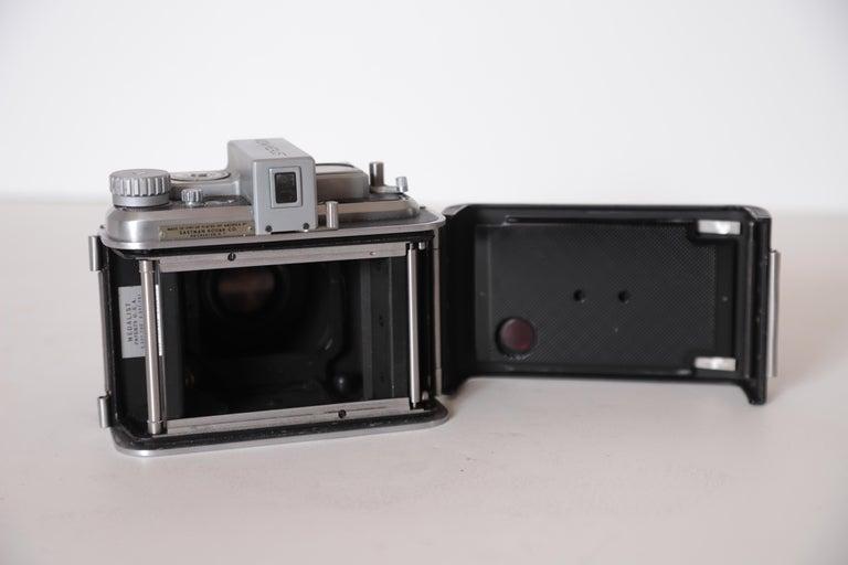 Machine Age Art Deco Walter Dorwin Teague Kodak Medalist Camera with Case For Sale 9