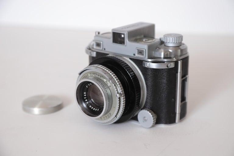 Machine Age Art Deco Walter Dorwin Teague Kodak Medalist Camera with Case For Sale 1
