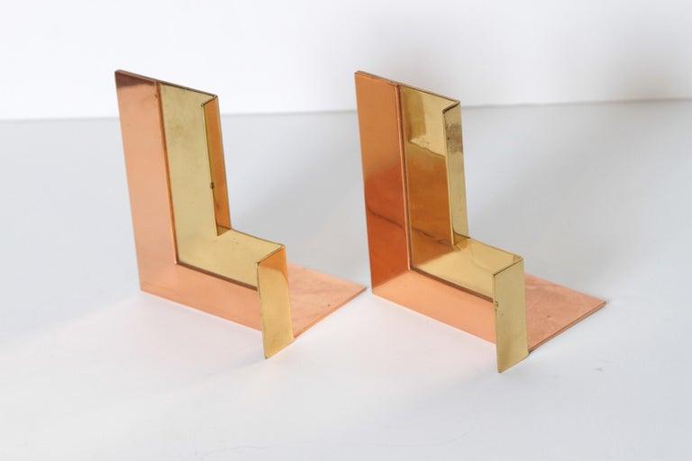 Machine Age Art Deco Walter Von Nessen for Chase Moderne Bookends Copper / Brass For Sale 4