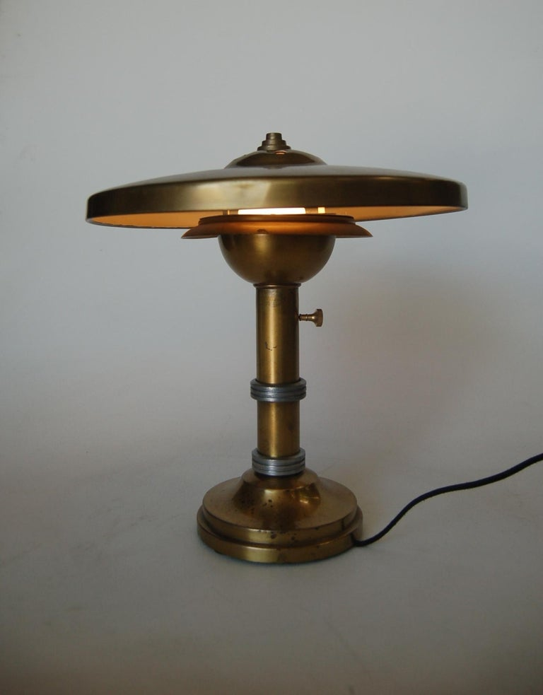 Machine Age Brass And Aluminum Desk Lamp In Excellent Condition For Sale In Van Nuys, CA