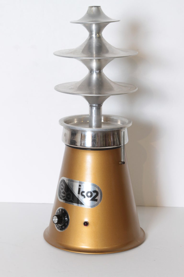 Machine Age original Thai Power ISO2 Isomerizer, essential oil extractor, 1975   Price Reduced  A mid-1970s iconic head-shop classic. Retro art deco, midcentury design. Midcentury. Mid Century. Here's a complete pristine example; with unopened bags