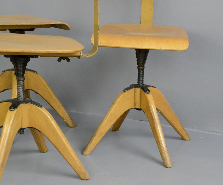 Machinists Chairs by Bombenstabil, circa 1930s In Good Condition For Sale In Gloucester, GB