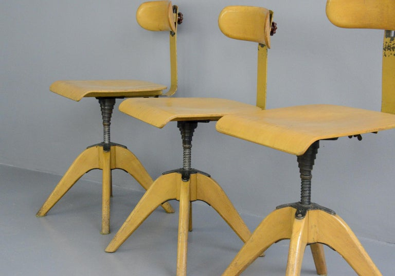 Machinists Chairs by Bombenstabil, circa 1930s For Sale 2