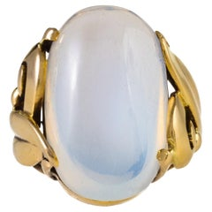 Macklowe Gallery Cabochon Moonstone Gold Ring